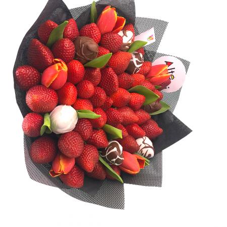 Buchet de flori cu capsuni [1]