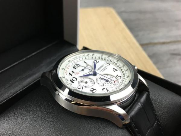 Ceas Seiko Chronograph Perpetual Calendar SPC131P1 4