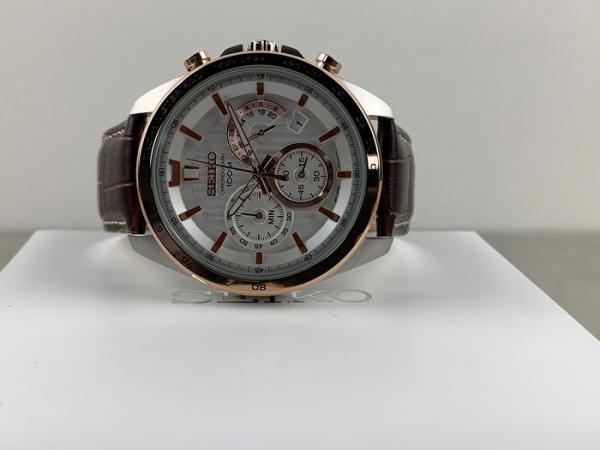 Ceas Seiko Cronograph SSB306P1 6