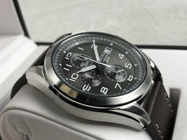 Ceas Seiko Cronograph SSB275P1 4