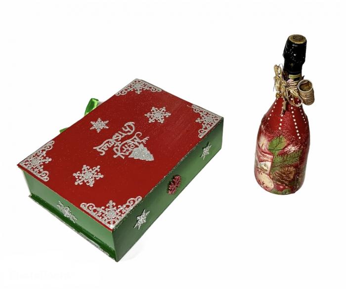 Set sticlă șampanie cu 6 pahare în cutie, decorate manual 2