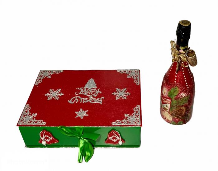 Set sticlă șampanie cu 6 pahare în cutie, decorate manual 1