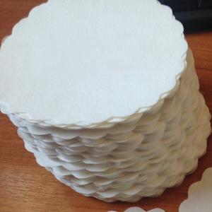 Servetele sub ceasca ALBE, in forma de FLOARE, 93 mm (500 BUC/SET)0