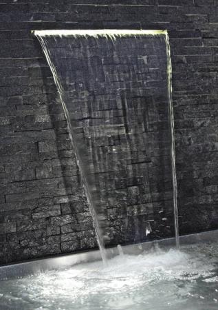 Lumina Waterfall Illumination 606