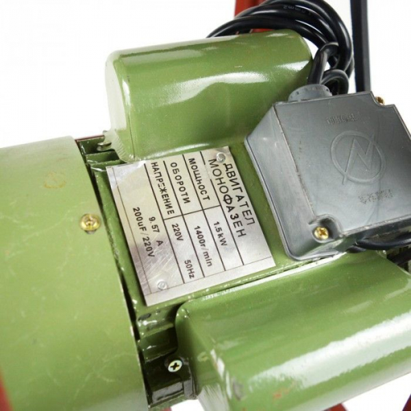 Masina electrica de tocat carne nr. 32, 1.5 KW, 1400 Rpm 3