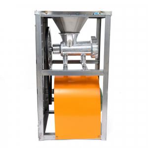 Masina electrica de tocat carne nr. 32 din aluminiu 900W2