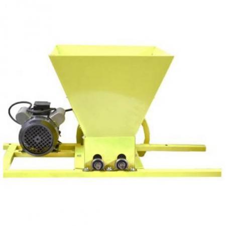 Zdrobitor de struguri electric Gospodarul Profesionist, 750W, 500 kg/h [5]