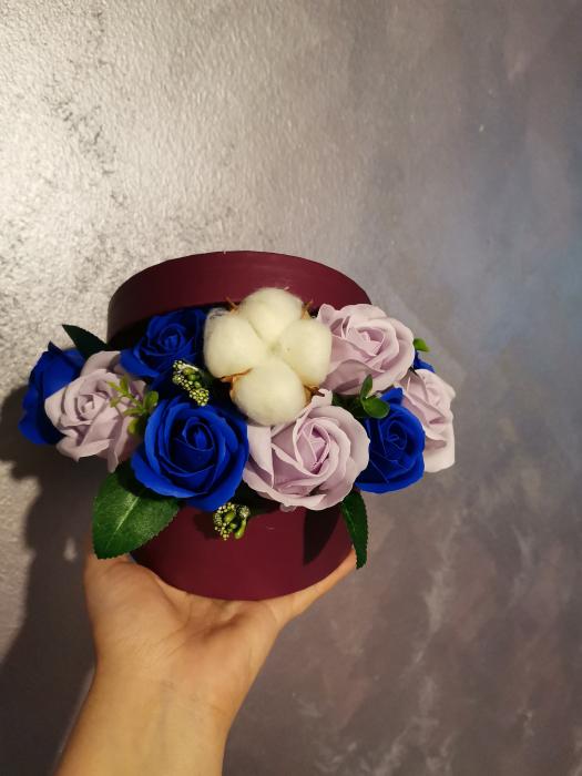 aranjament flori sapun 7 trandafiri [0]