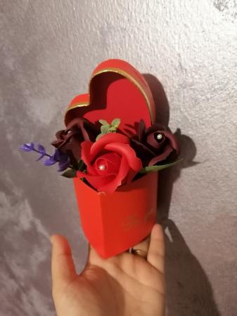 aranjamente 3 trandafiri foita sapun [1]