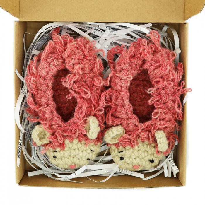 Papucei Oite, 100% lana romanesca 1