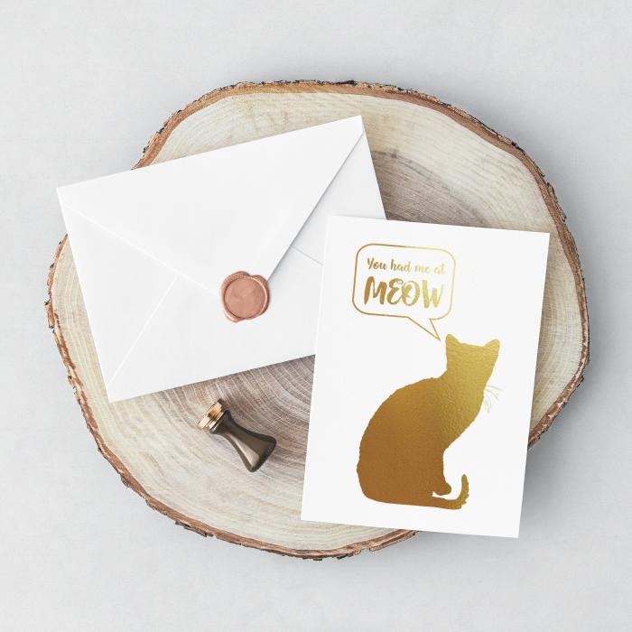 Felicitare cu plic, Cat Meow, mesaj indragostiti, colaj metalic auriu 1