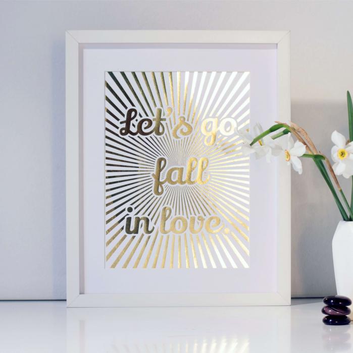 Let's go fall in love, colaj metalic auriu, cadou indragositi 1