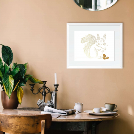 Tablou Veverita cu ghinde, 24x30cm, colaj metalic auriu, animalele padurii2