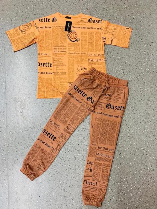 Compleu Newspaper - Portocaliu [0]