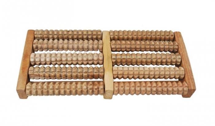 Aparat de masaj de picioare din lemn [3]