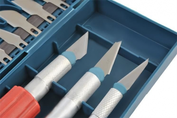 Cuțite de modelat precise de artizanat tip bisturiu lame de modelat cu banda magnetica - set 16 buc cutie 1