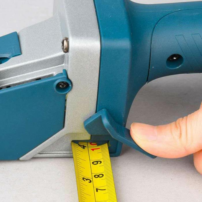 Dispozitiv de taiat gips-carton [4]