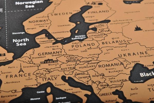 Harta lumii razuibila, 82x59 cm, text cartografie limba engleza, drapeluri [5]