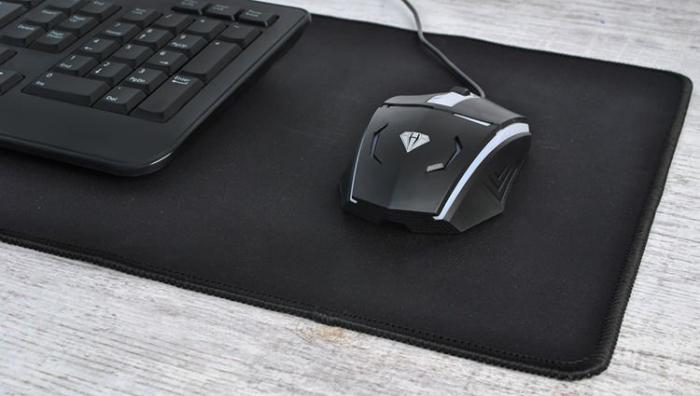 Pad pentru Mouse si Tastatura Antiderapant 69,5 x 30 cm [3]