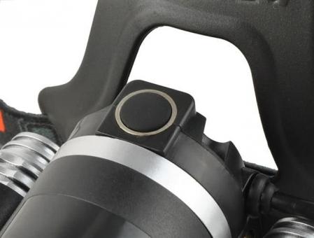 Lanterna de cap frontala CREE 3 leduri reincarcabila 220V +12V + reglabila 4 moduri2