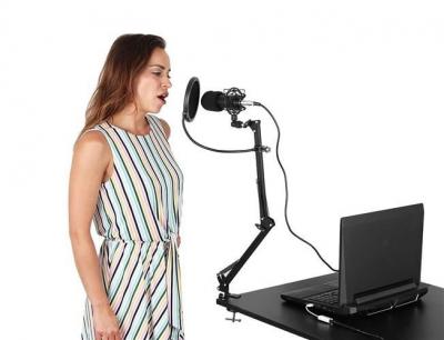 Microfon cu USB conectare PC cu stand inclus pentru Inregistrare Vocala, Streaming, Gaming, Karaoke10