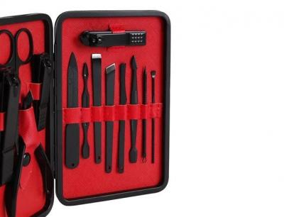 Trusa de unghii 15 piese, manichiura, indepartare puncte negre, penseta si instrument curatare auriculara clutch negru [1]