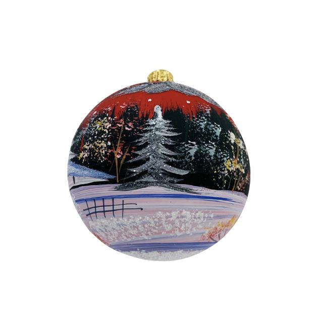 glob-din-sticla-suflata-si-pictata-manual-argcoms-fabrica-lui-mos-craciun-peisaj-de-iarna-multicolor-fond-rosu-80-mm-sferic [1]