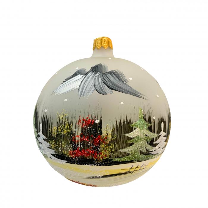 glob-din-sticla-suflata-si-pictata-manual-argcoms-fabrica-lui-mos-craciun-peisaj-de-iarna-multicolor-fond-gri-100-mm-sferic-6618-6619 1