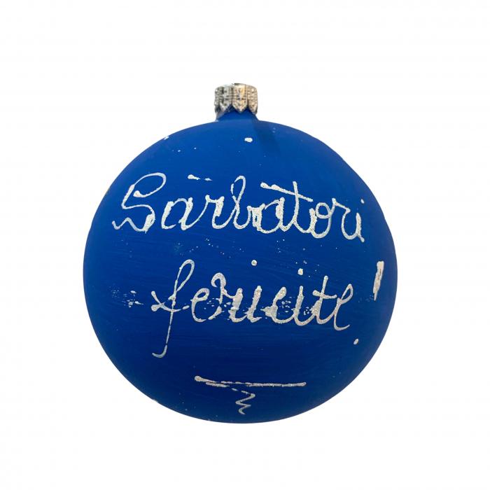 glob-din-sticla-suflata-si-pictata-manual-argcoms-fabrica-lui-mos-craciun-personalizabil-casa-bunicilor-multicolor-fond-albastru-100-mm-sferic-6603-6605 2