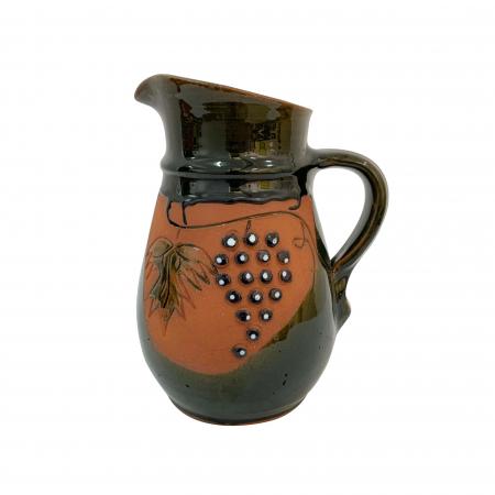 Cana din ceramica de Arges realizata manual, Argcoms, Vin, Cu cioc, Tema viticola0