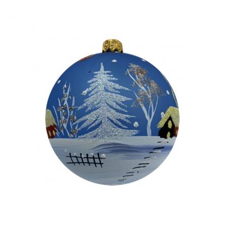 Glob din sticla suflata si pictata manual, Argcoms, Fabrica lui Mos Craciun, Peisaj de iarna, Multicolor, Fond albastru, 80 mm, Sferic1