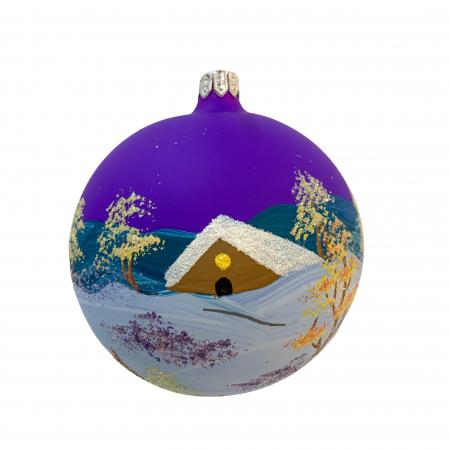 Glob din sticla suflata si pictata manual, Argcoms, Fabrica lui Mos Craciun, Iarna la tara, Multicolor, Fond mov, 100 mm, Sferic0