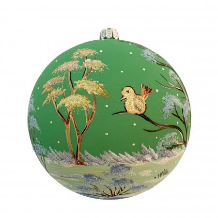 glob-din-sticla-suflata-si-pictata-manual-argcoms-fabrica-lui-mos-craciun-peisaj-de-iarna-multicolor-fond-verde-120-mm-sferic-6595-6597 [1]