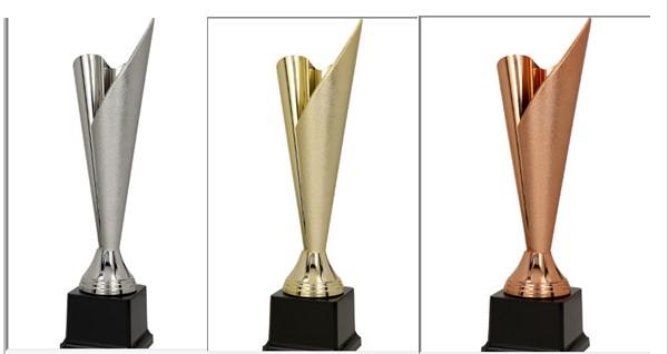 Cupa aurie/argintie/bronz [1]