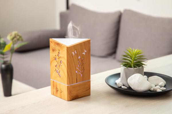 Difuzor de aromaterapie - Bloom 4