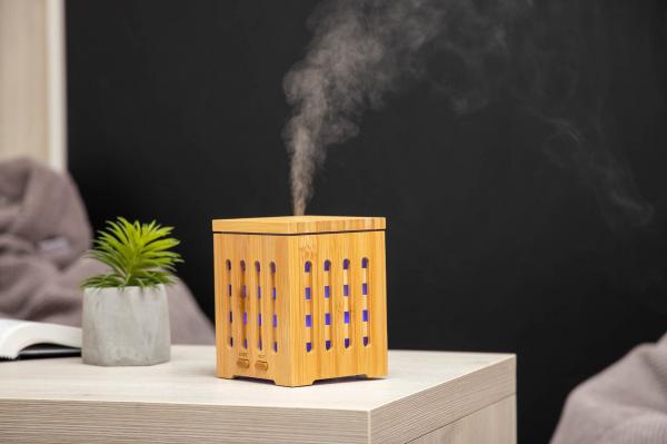 Difuzor de aromaterapie din bambus - Cube 2