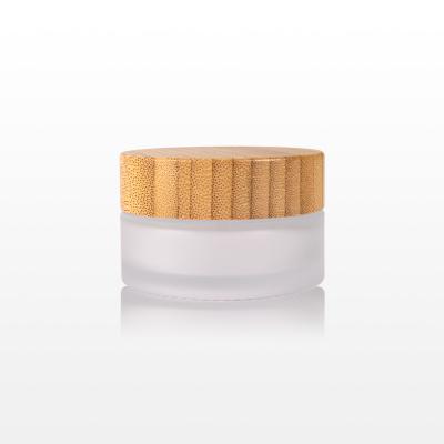Borcan sticla mat cu capac bambus - 30g1