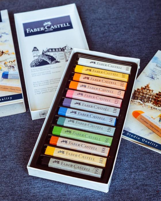 Cutie Creioane Pastel Soft 12 culori Faber-Castell [2]