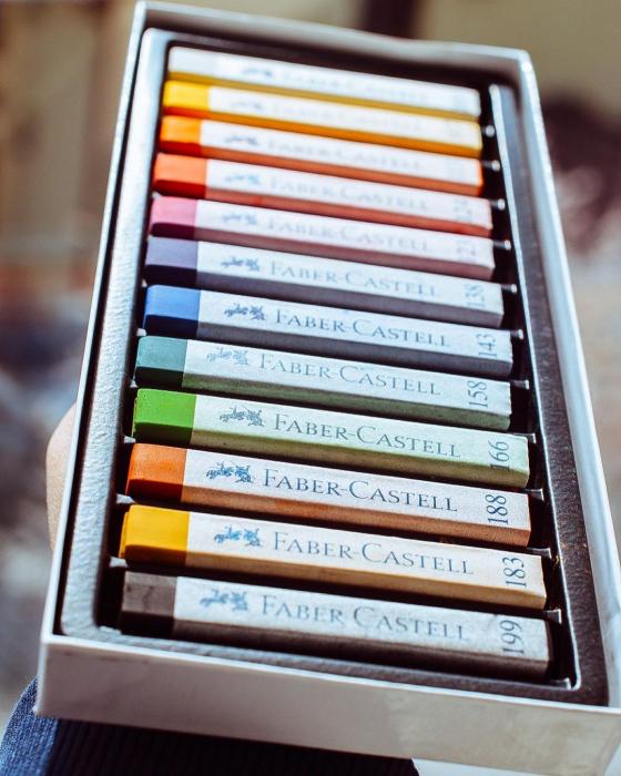 Cutie Creioane Pastel Soft 12 culori Faber-Castell [4]