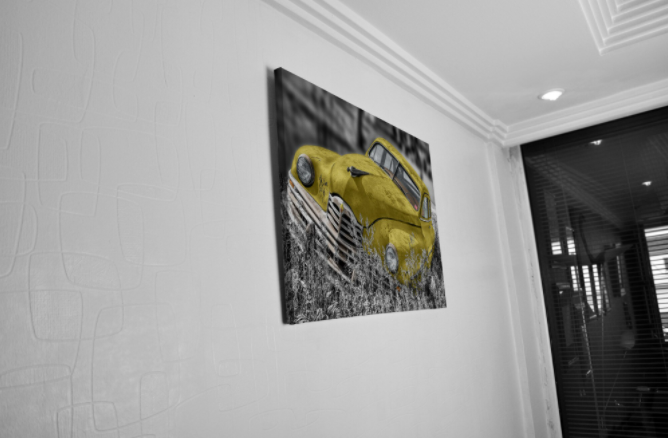 Tablou Canvas - Old car Yellow [4]