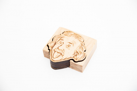 Suport Coaster de Pahar din Lemn cu Einstein [2]
