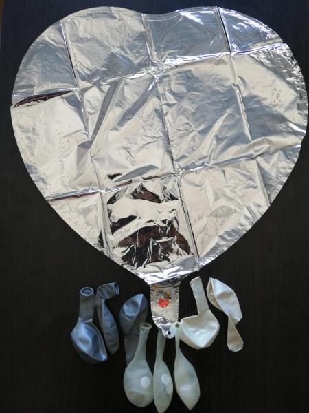 Set 10 baloane cu confetti argintiu / silver si inima 30cm 1