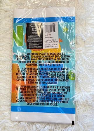 Fata de masa plastic Fun to be One Boy albastru 137 * 259 cm [2]
