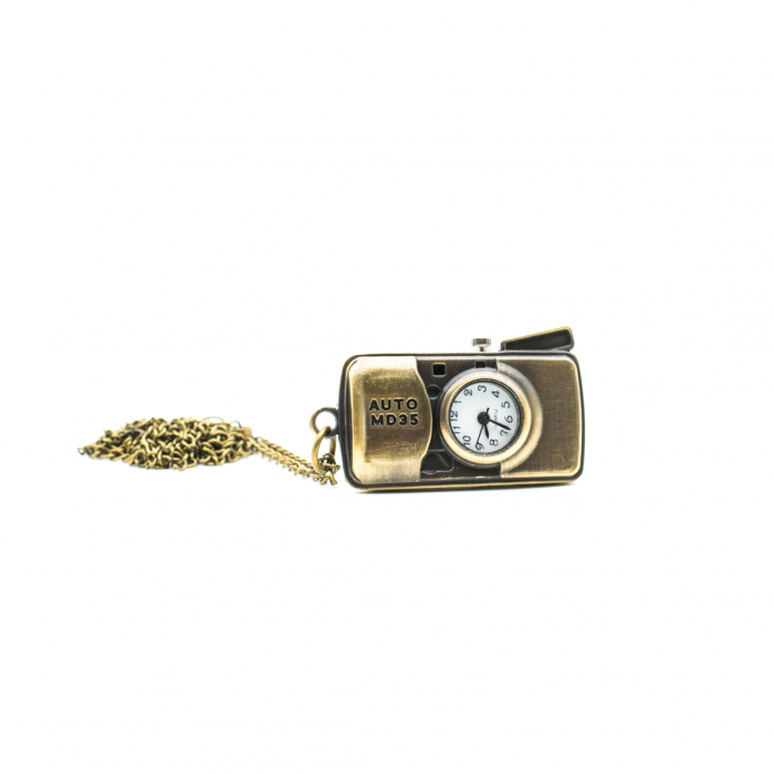 Ceas cu lantisor -Aparat foto 0
