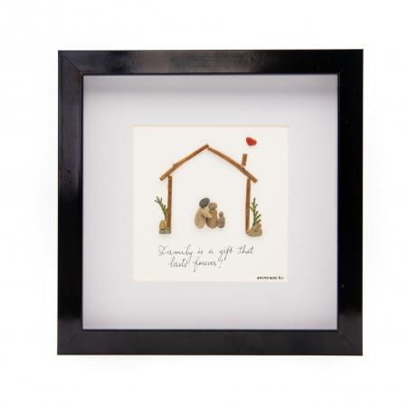 Tablou FAMILY FIRST - Colectia Pebble Art0
