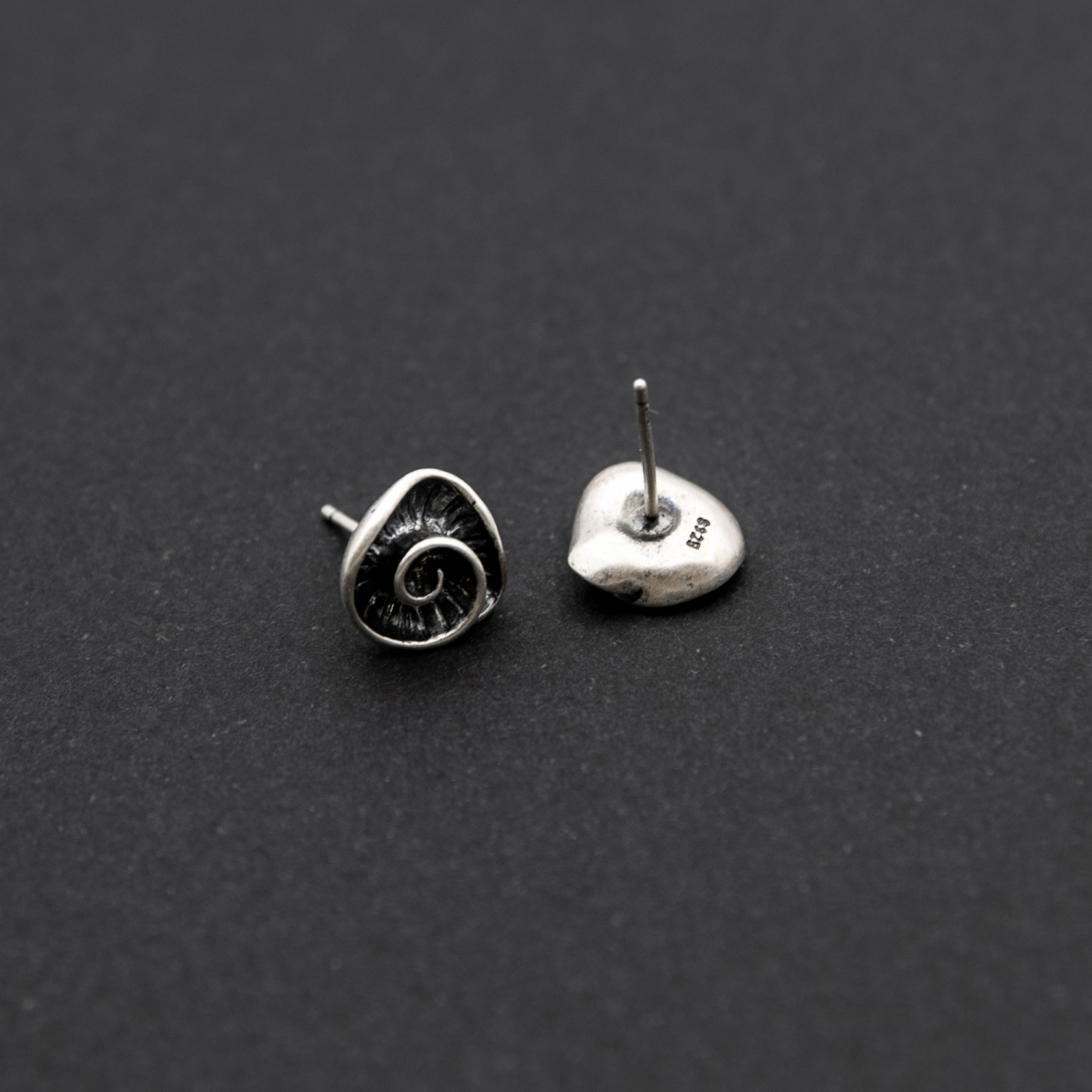 dating semne de argint sterlină)