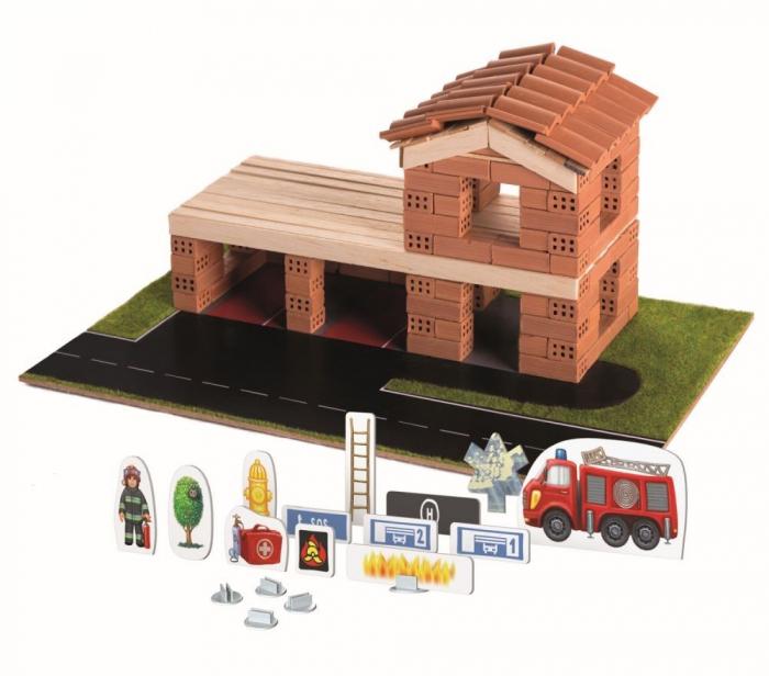 Brick Trick statia de pompieri din caramidute ceramice [0]