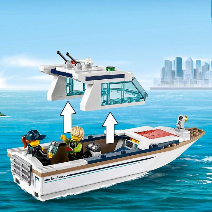 LEGO CITY IAHT PENTRU SCUFUNDARI 60221 [4]