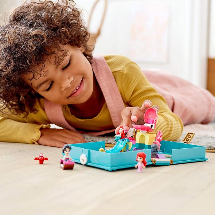 LEGO  DISNEY AVENTURI DIN CARTEA DE POVESTI CU ARIEL 43176 [2]