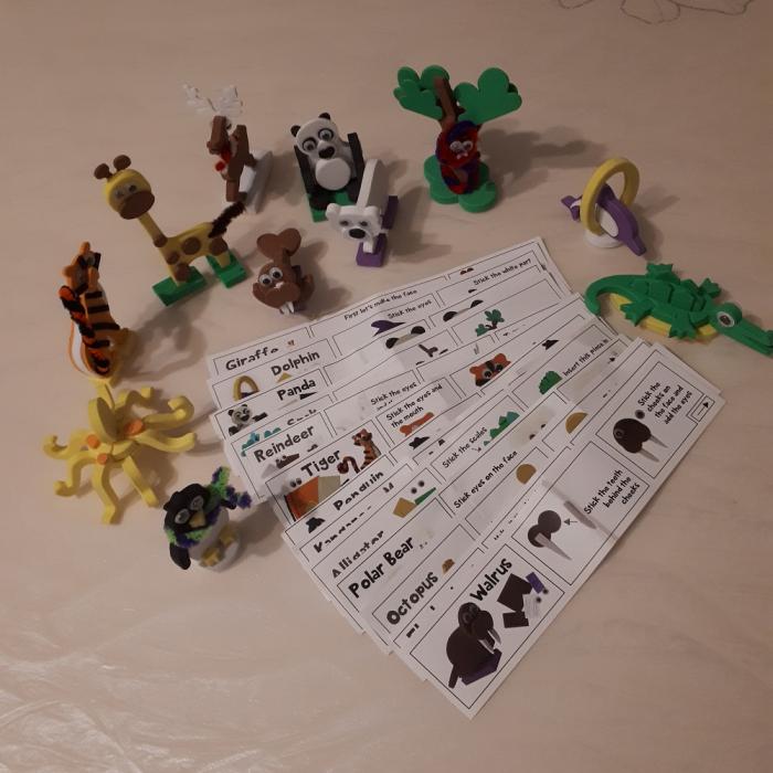 Cadou 8-14 ANI - Puzzle Harta lumii cu steaguri si capitale + Puzzle 3D Animale 3